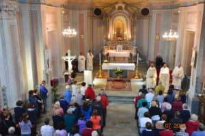 celebrazione interno santuario